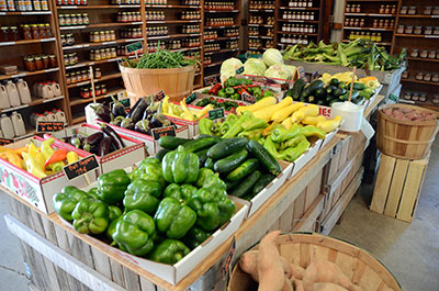 Picture of fresh fruits & vegetables at Anderson Orchard in Mooresville, Indiana